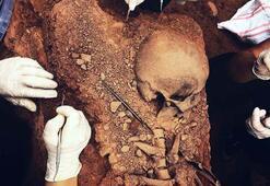 Kocaelinde 38 haftalık bebek cesedi amforanın içinden çıktı
