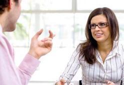 Beden Dilinizi Kullanarak İş Görüşmesinden Başarılı Sonuç Alın