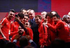 Cumhurbaşkanı Erdoğan, Engelleri Aşanlar 2017 ödüllerini verdi