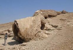 Vanda canavara benzeyen taş turistlerin akınına uğruyor