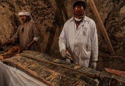 Mısırda iki antik kral mezarı keşfedildi