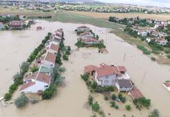 İşte İstanbuldaki yağışın bilançosu: 2 saatte 2 bin 563 şimşek ve yıldırım