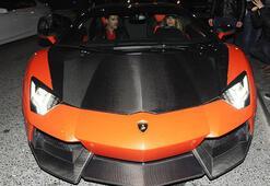 Sabrinin Lamborghinisi düğün arabası oldu