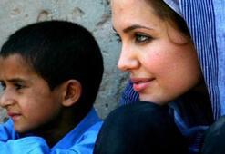 Angelina Jolie, The Breadwinnerın Yapımcılığını Üstlenecek