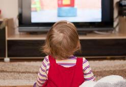 Çocuğunuz yüksek sesle TV izliyorsa dikkat