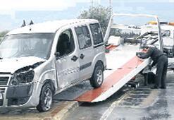 Selçuk'ta otomobil virajda takla attı bir ölü, üç yaralı