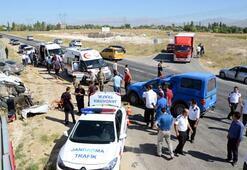 Taziye dönüşü kaza: 4 ölü, 3 yaralı