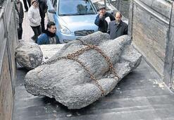 Üç tonluk heykeli Aydın'daki antik kentten çalmışlar