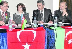 Azerbaycan Türkleri Kurultayı, Çeşme'de