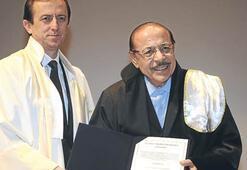 İTÜ'den Neşet Ertaş'a fahri doktora unvanı