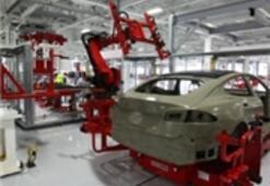 Tesla Model S'i Nasıl Üretiyor