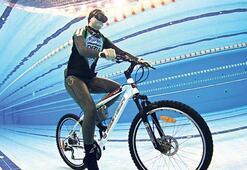 Su altında 60 metre bisiklete binecek