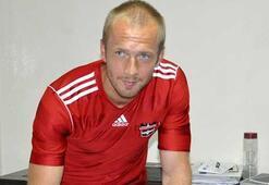 Larsson, Bursaspor maçında oynayabilecek