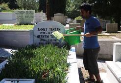 Mezar çapacılarının arife mesaisi