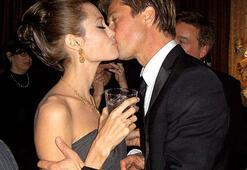 Brad Pitt ve Angelina Jolieden flaş karar