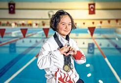 Havuzların en özel yüzücüsü