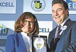 Meral Tamer'e en iyi ekonomi yazarı ödülü