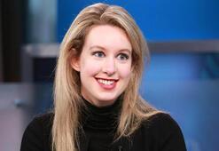 Bir sonraki Steve Jobs olarak anılan Elizabeth Holmes, muazzam dolandırıcılık ile suçlandı