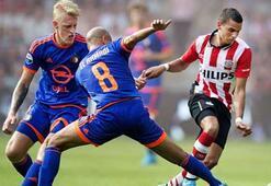 Dev maçta gülen PSV