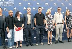 Umarım Cannes'ı değil, bizi seçersiniz