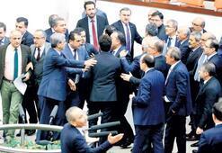 Meclis'te yine utanç görüntüleri yaşandı Küfür-dayak 20 saatte 'ittifak'