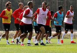 Antalyasporda 7 futbolcu elde kaldı