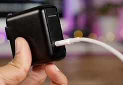 Apple, 3.5 mi Lightninge dönüştüren aparatı üretme iznini diğer şirketlere de verdi