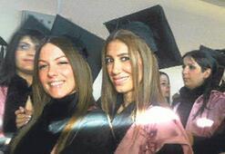Nadide Sultan mezun oldu