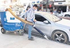 Yeni süpürme aracıyla sokaklar daha temiz