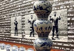 Ai Weiwei sergisi ikinci kez uzatıldı