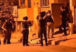 İstanbulda terör operasyonu: Kapılar kırıldı, çok sayıda gözaltı var