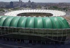 Timsah Arenanın açılış tarihi ertelendi