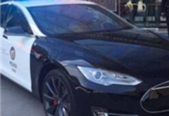 Tesla Polis Arabası Oldu