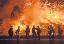 California'da yangın OHAL ilan ettirdi