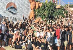 Yabancı öğrenciler Adaland'da eğlendi