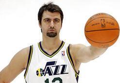 Mehmet Okur yeniden NBAde