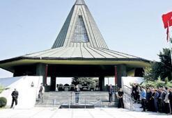 'Menderes'in idamına o gün sessiz kaldılar'