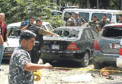 Beyrut'ta yargıcın oğluna saldırı: 2 ölü