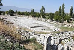 Afrodisiasın dev havuzu gün yüzüne çıkıyor