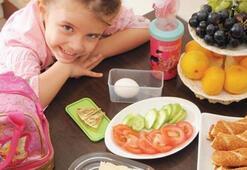 Okulda Dengeli Beslenme Çantası Nasıl Olmalı