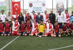 Futbolun Efsaneleri Genç Hükümlülerle Buluşuyor