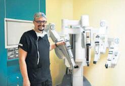 Ege, robotik cerrahi ile şifa dağıtıyor