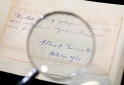 Einsteinın kendisini reddeden bilim kadınına yazdığı not açık artırmayla satıldı