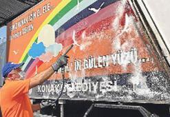 Temizlik kamyonları kokudan kurtuluyor