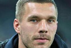 Lukas Podolski: G.Saraydan ayrılmayı düşünmüyorum