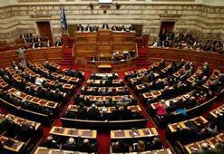 Yunan meclisinde Türk vekile saldırı