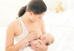 Bebeğe en güzel hediye: Emzirmek