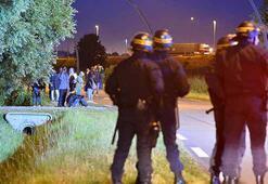 Fransada göçmenler Manş tünelini kapattı