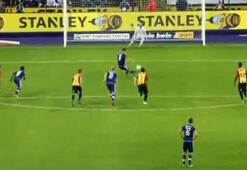 3 penaltı kaçırıp kendi kalesine gol attılar