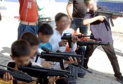 Oyuncak silah ve tabancalara dikkat